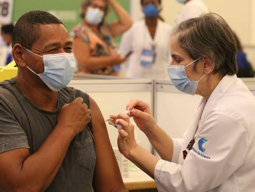 Vacinas já distribuídas atendem 7% dos públicos prioritários