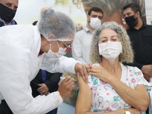 Covid-19: Cascavel aplica 378 doses no primeiro dia da vacinação