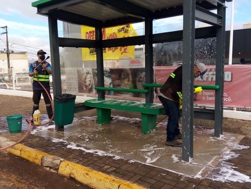 Transitar promove limpeza nas estações e abrigos de ônibus