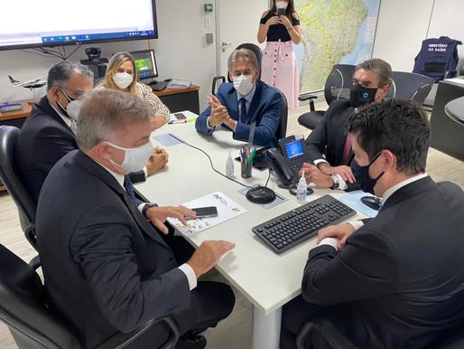 SUS indica novas orientações que permitem municípios adotarem critérios de vacinação contra a Covid