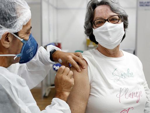 Cascavel bate recorde de vacinação em um único dia de horário normal
