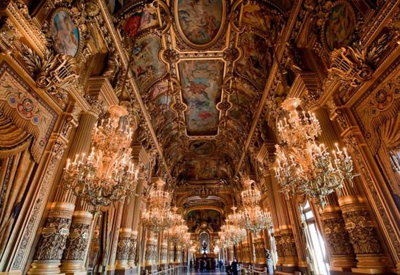 Групповая экскурсия по Лувру.jpeg