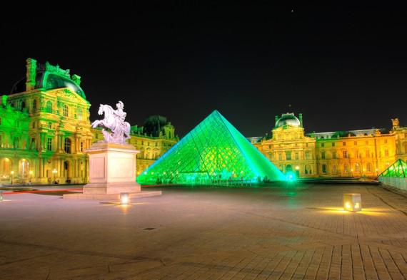 Экскурсия по Лувру.jpg