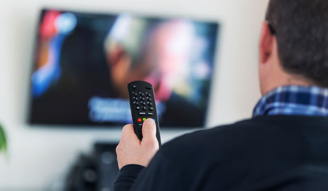 Oglądając telewizor