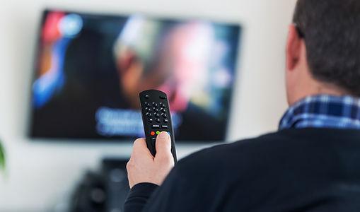 assistindo TVs
