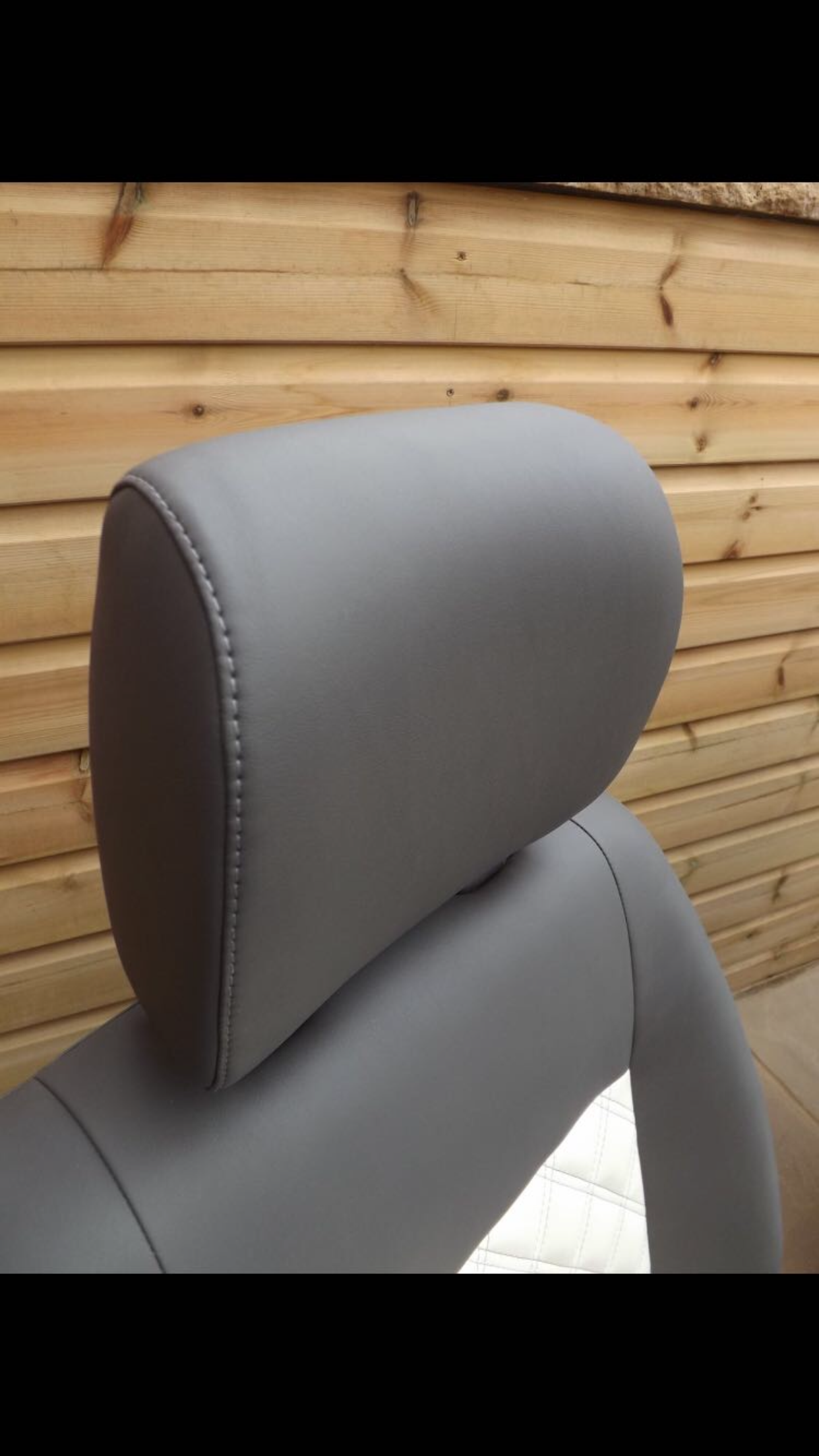 T5 headrest