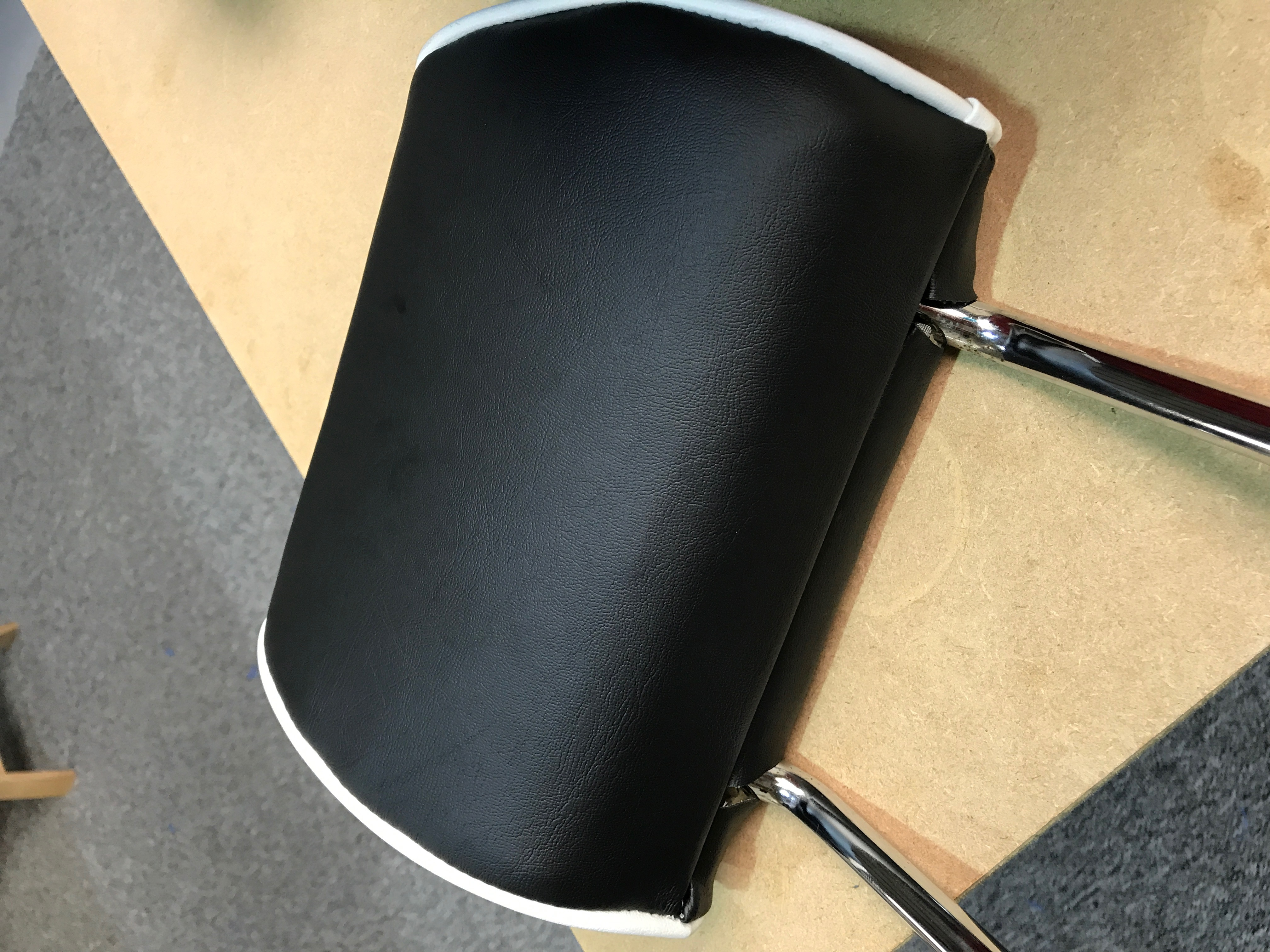 T4 headrest