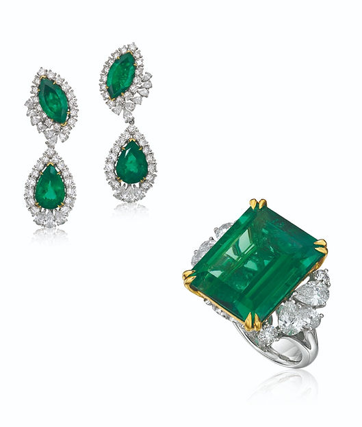 Emerald%20Necklace_edited.jpg