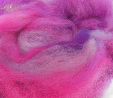 Nappes de laine cardée main