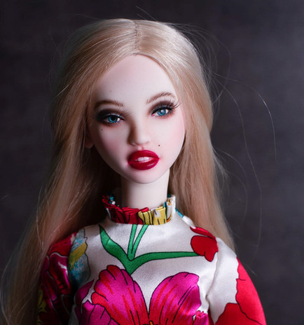 Julietta's new summer look.