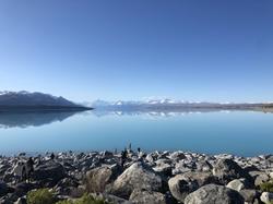 NZ really reflective lake.HEIC