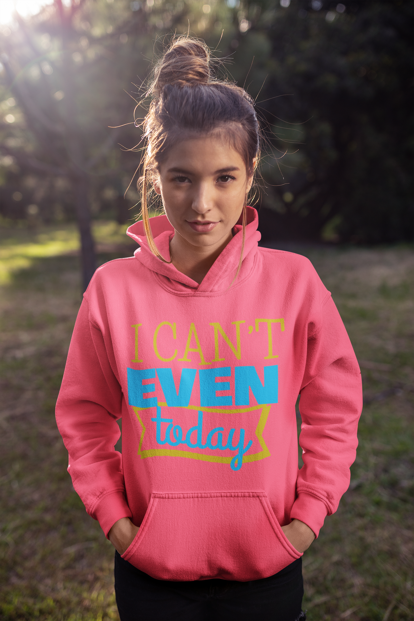 pullover-hoodie-mockup-of-a-young-woman-