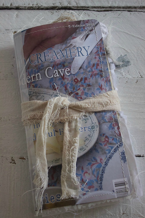 "Jeanne D'Arc Mood Travellers Journal ""Creamery"""
