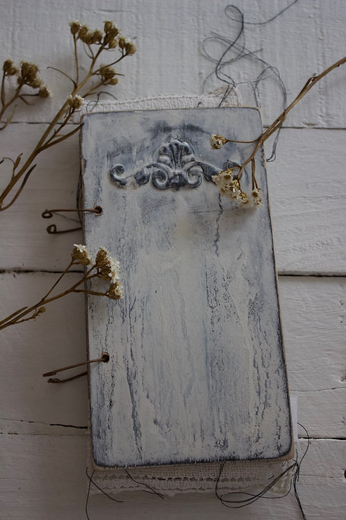 Vintage Farm House White Door 1