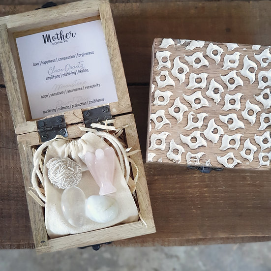 Mother Crystal Kit in Wooden Box with Angel