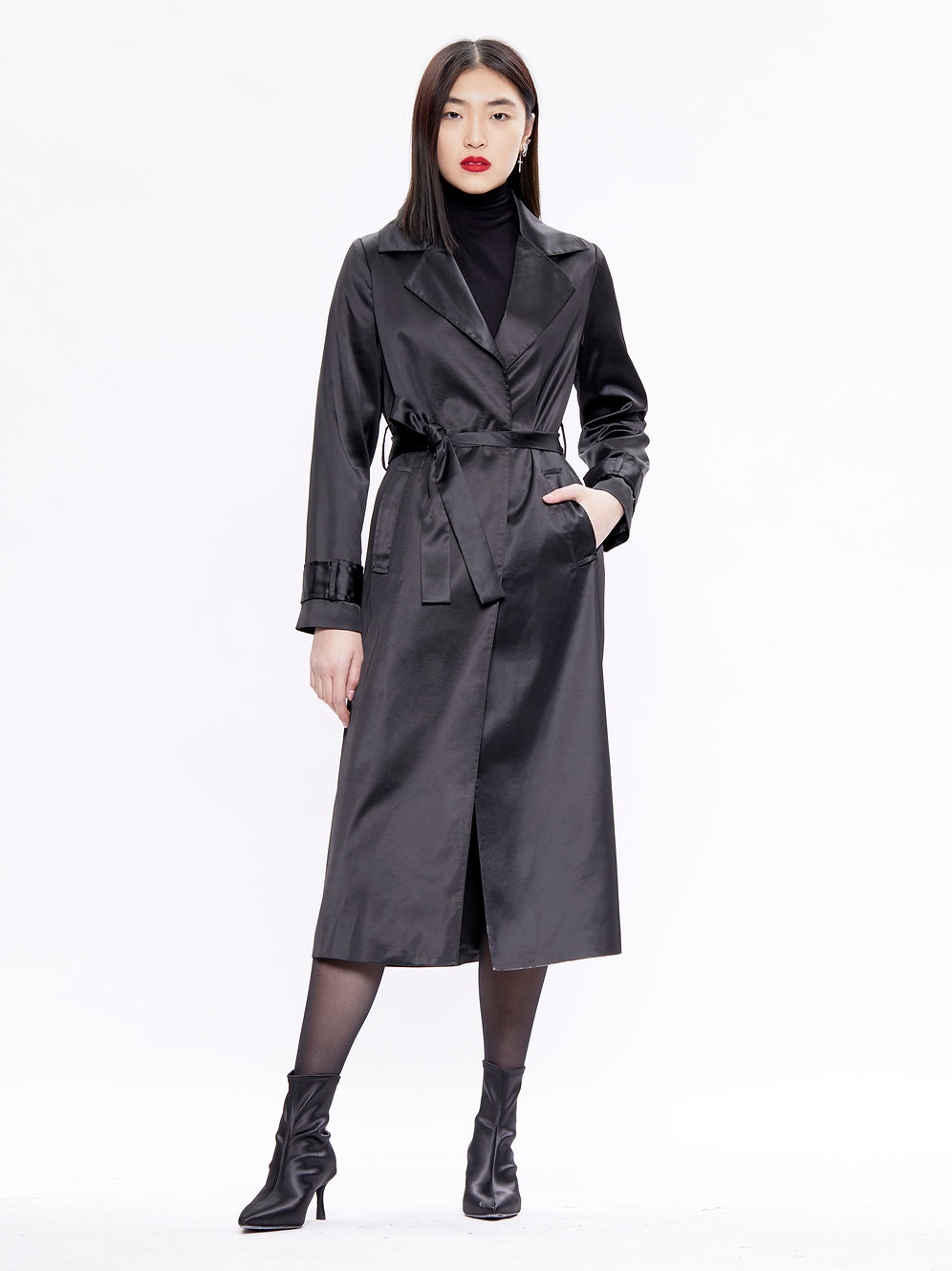 Completer Trends Trench Coat