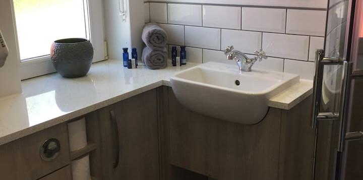 MV_Toilet.jpg