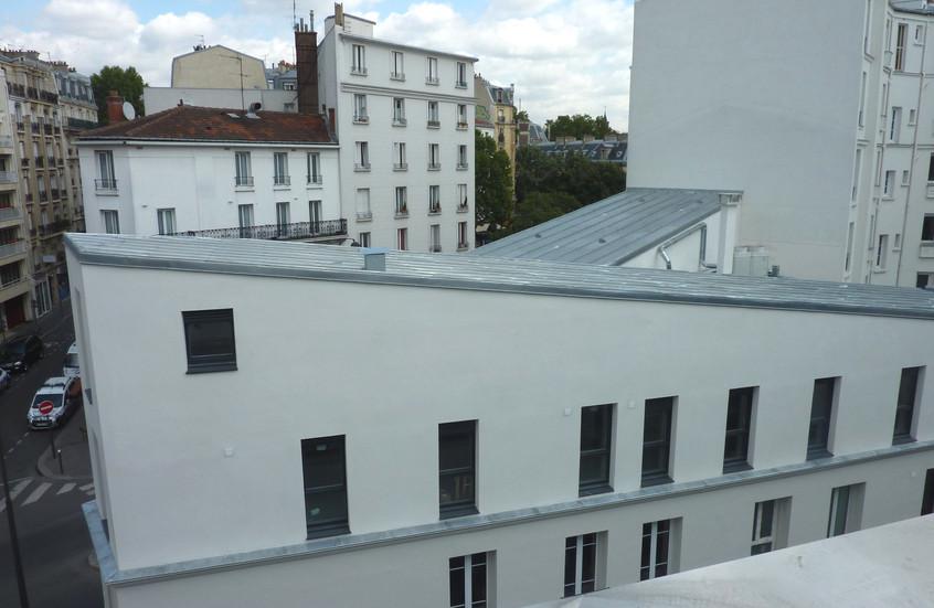 Deux toitures inversées