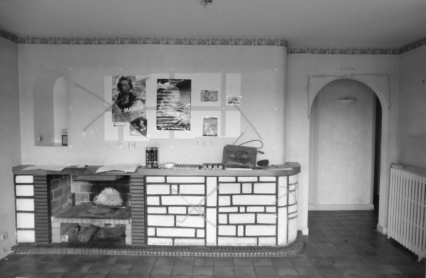 Ancienne cheminée, qui sera démolie