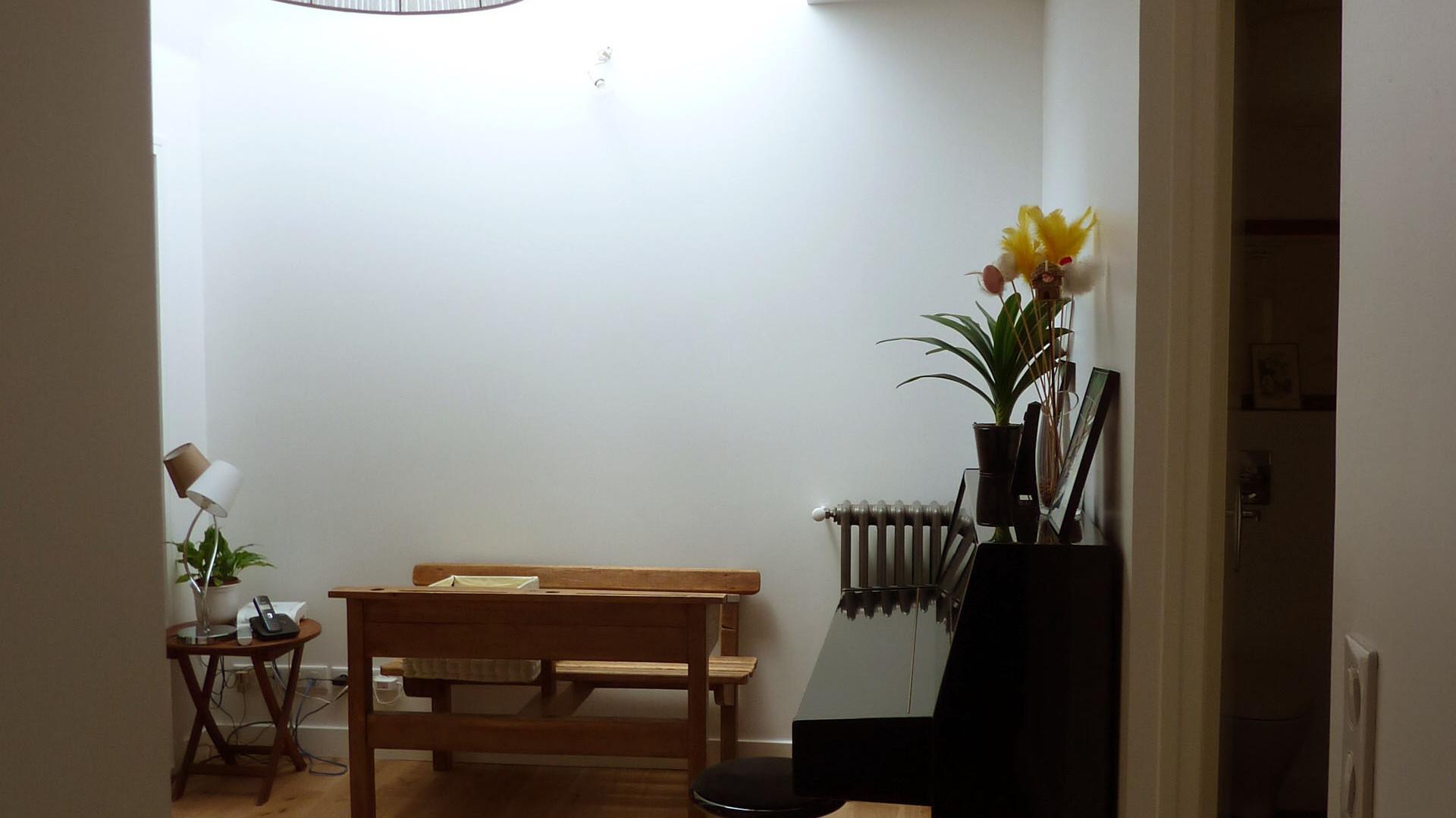 Le nouveau bureau, ancienne salle de bains