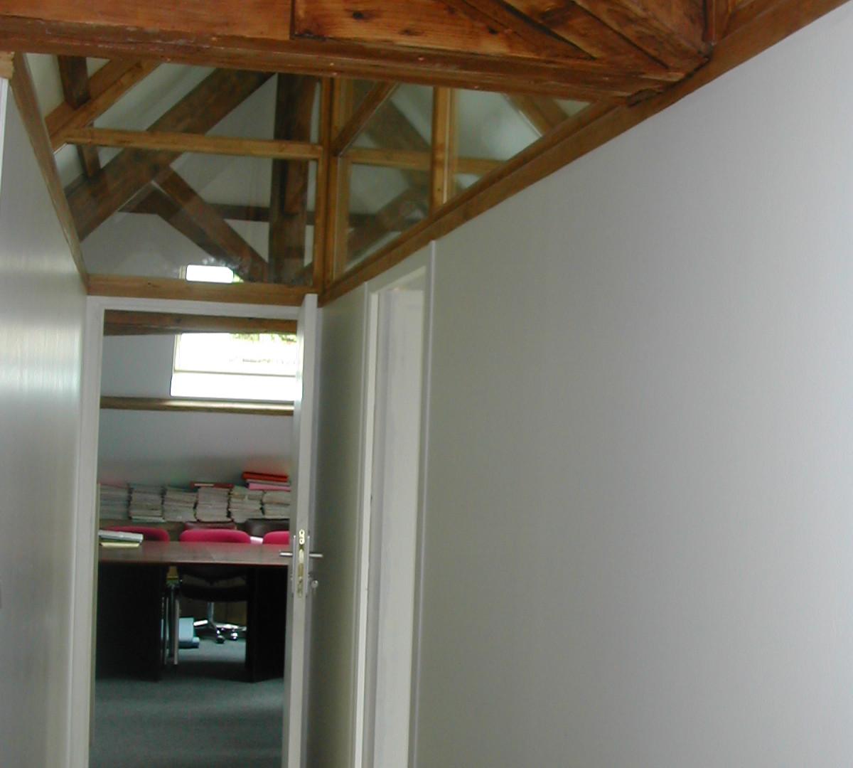Couloir sous charpente