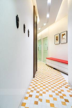 Interior photo of a beautiful entrance lobby at a home in Mumbai