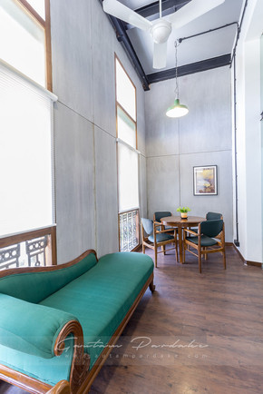 Interior photo of a seating or waiting area of a cabin in an office in Andheri, Mumbai