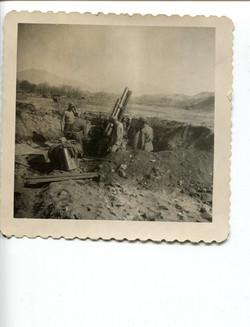 kron130 105mm howitzer in recoil firing