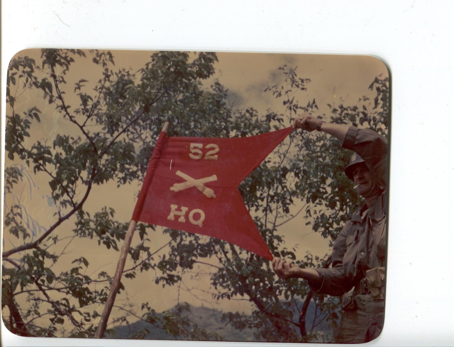 kron108 HQs Btry Guidon 52d FA Bn Capt R