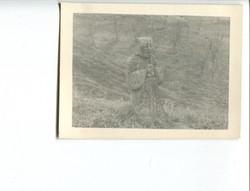 kron049 Gook monument by grave sight cen