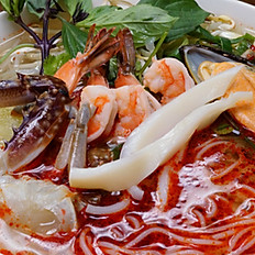 19. SPICY SEAFOOD PHO (SMALL)