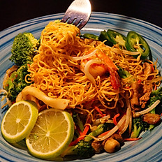 25-1. STIR FRIED NOODLE