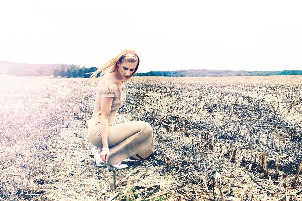 fields_ugy_02_2.jpg