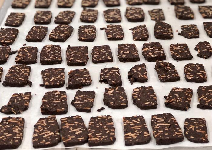 עוגיות שקדים שוקולד