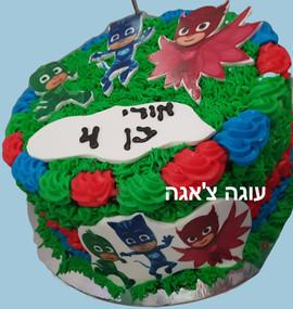 עוגת כוח פיג'י ליום הולדת ארבע