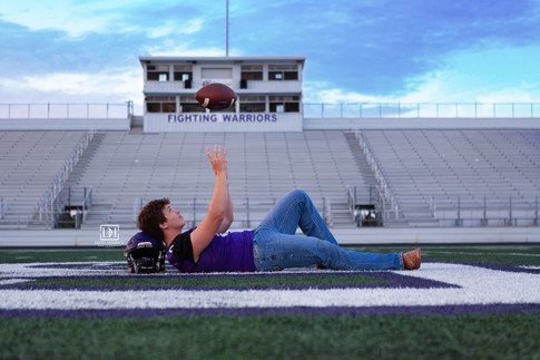 Bonham High School Athlete Senior Pictures.jpg