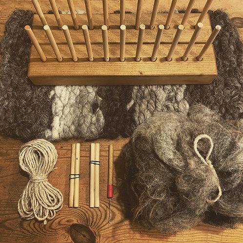 "Small Peg Loom & Wild Wool Sets 14"" 11 Pegs"