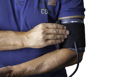 blood-pressure-monitor-1749577_1920.jpg