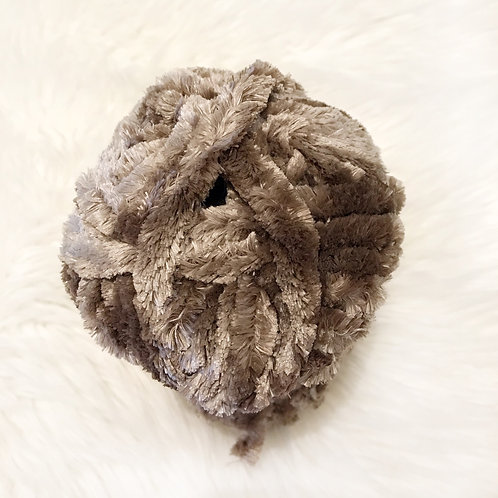 Mushroom - Bernat Velvet Plus