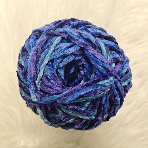 Blue Brilliance - Bernat Crushed Velvet