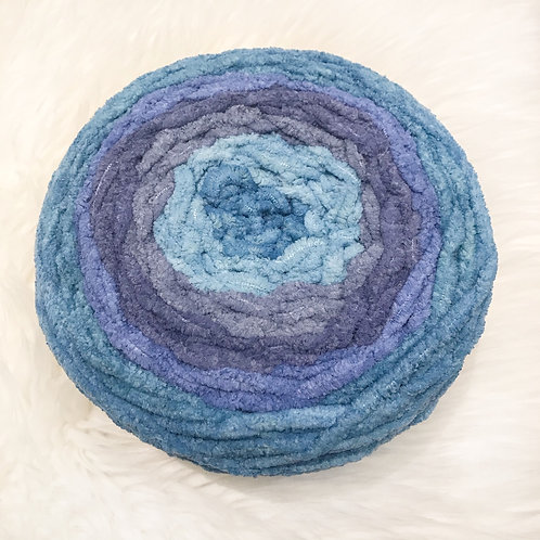 Shaded Blue Ombre - Bernat Blanket Ombre