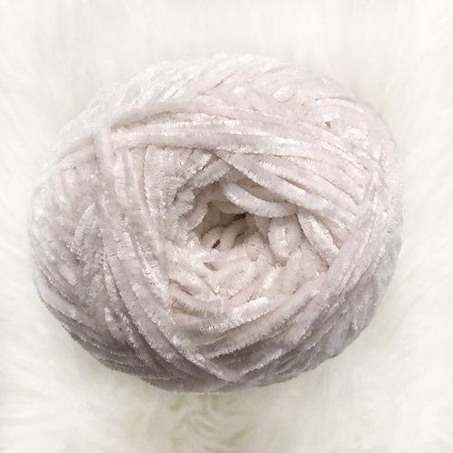 Cuddly Cloud - Bernat Baby Velvet