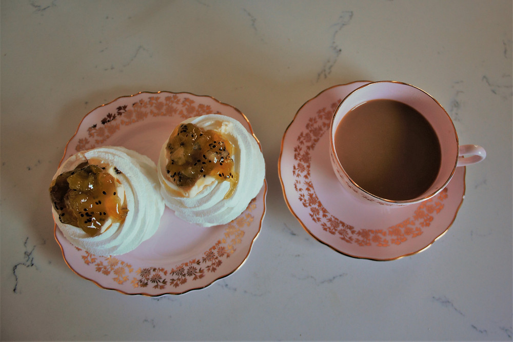 mini pavlovas with kiwi fruit compote for high tea