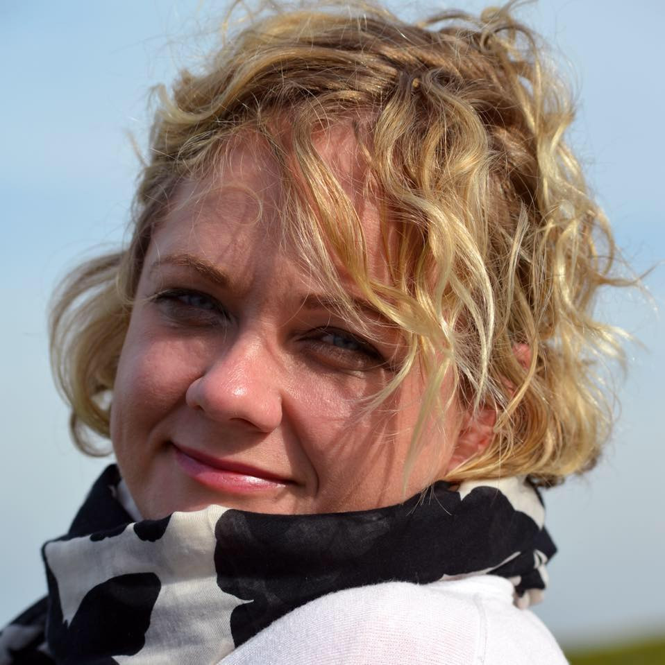 Lara Jordaan, Wine consultant in South Africa. She iworks with some of the best restaurants in the industry. Her passion for wine is pulpable. Women in Wine, sharing their knowledge.