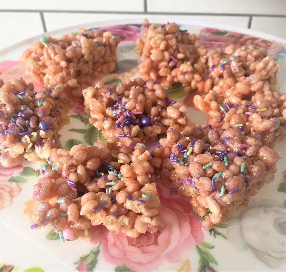 Rice Krispies Treats cut into bite size treats.