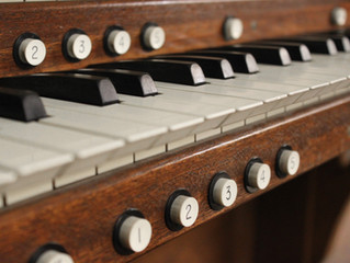 Hannah Albrecht plays at American Guild of Organists recital