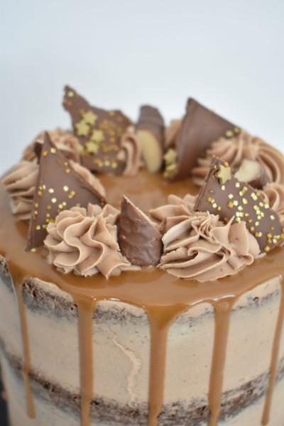 Biscoff Drip Cake