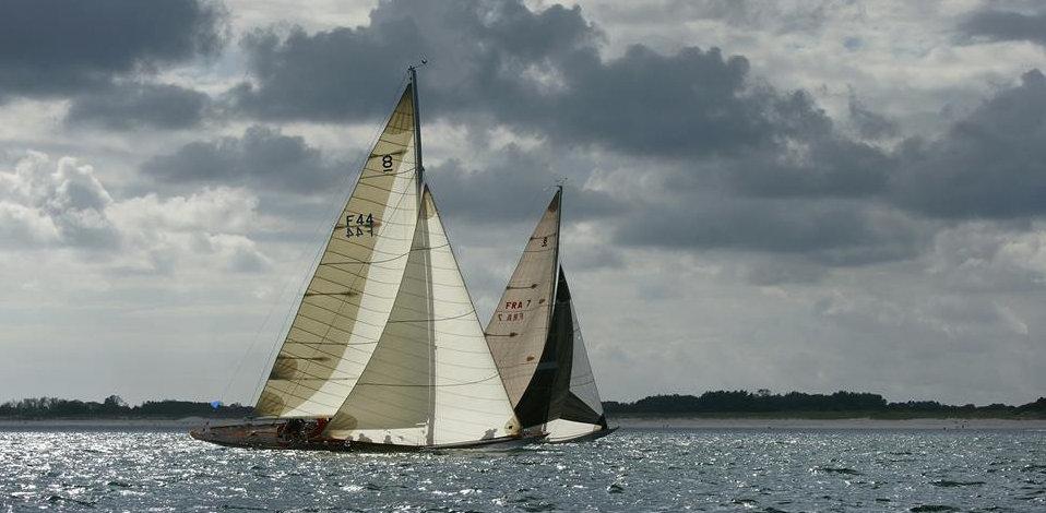Challenge Métrique - Hispania IV ( FRA7) et Silk (F44)