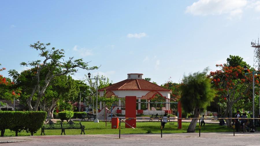 Plaza Principal de Bacalar