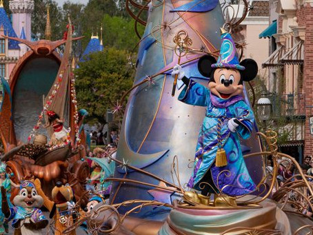 Magic Happens - nova parada na Disneyland